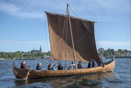 Med vikingeskibet Skjoldungen i Sydvestgrønland
